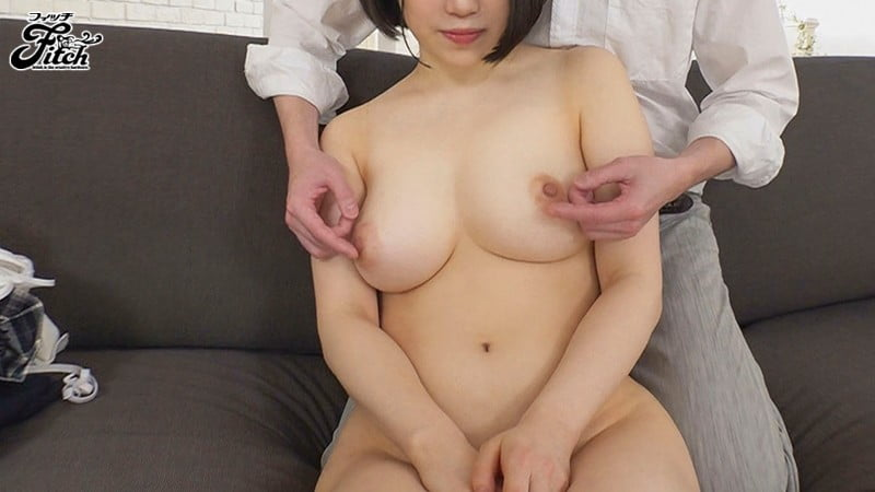 20歳元アイドル!Gカップでスタイル抜群な朝日りんちゃんがデビュー