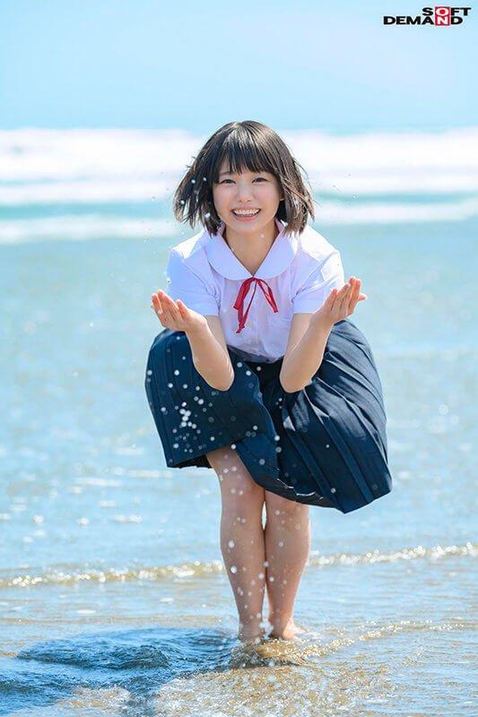 【新人AVデビュー、桃乃りんちゃん】18歳美少女の発育途中の身体でのエッチな反応が最高!