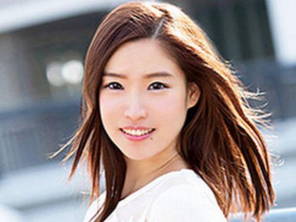 【美白美少女の素人AV】うぶな女の子が徐々にエッチな表情になっていくのがたまりません!